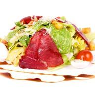 Цезарь салат с говядиной Фото