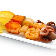 Шашлычки из морепродуктов Фото