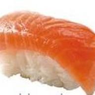 С копченым лососем Фото