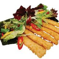 Пикантный салат с кальмаром Фото