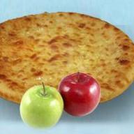 С яблоком Фото