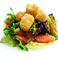 Салат из лосося с тофу Фото