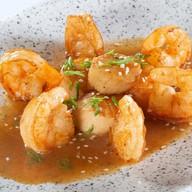 Морской гребешок с креветками Фото