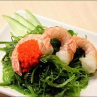Салат с водорослями и креветками Фото