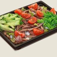 Салат овощной с языком Фото