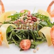Салат по-итальянски с вялеными томатами Фото