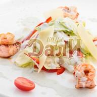Салат с морепродуктами под соусом Фото