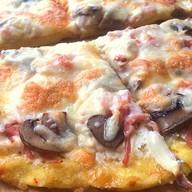 Пицца Ветчина и грибы Фото