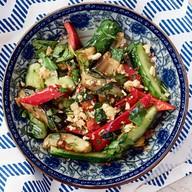 Восточный салат с баклажанами Фото