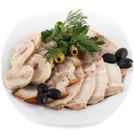 Домашняя мясная тарелка Фото