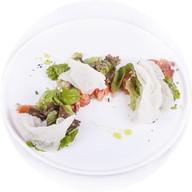 Закуска из маринованного лосося Фото