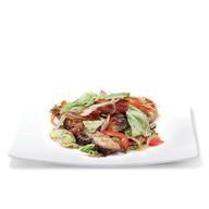 Теплый салат с угрем Фото