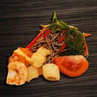 Лапша яки соба с морепродуктами Фото