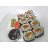 Кимбап с лососем и тунцом Фото