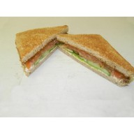 Сэндвич с лососем и сливочным сыром Фото