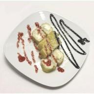 Сладкий ролл с яблоком, грушей, ананасом Фото