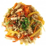 Лапша с овощами Фото