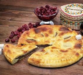 Пирог с вишней (постный) - Фото