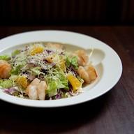 Салат цитрусовый с креветками Фото