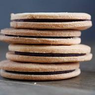 Печенье песочное с шоколадом Фото