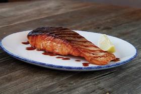 Стейк из лосося терияки - Фото