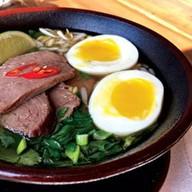 Вьетнамский острый суп Фото