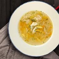 Домашний суп с курицей и лапшой Фото