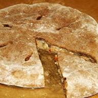 Пирог с маринованной свининой Фото