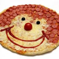 Пицца клоун Фото