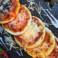 Мясная Pizza Mini х2 Фото