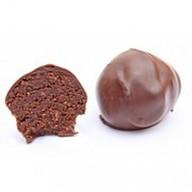Трюфель финиковый в тёмном шоколаде Фото