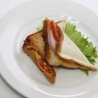 Сэндвич-тост  с ветчиной Фото
