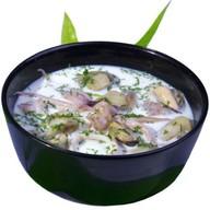 Сливочный суп с морепродуктами Фото