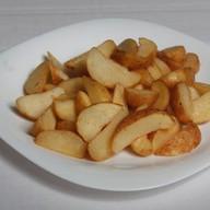 Картофель по деревенски печеный Фото