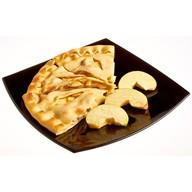 Пирог с яблоками и корицей Фото