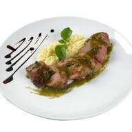 Ролле из свинины в беконе с епече Фото