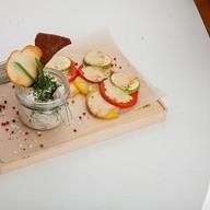 Говядина в сливочном соусе с овощами Фото