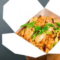 Паназиатский рис с морепродуктами Фото