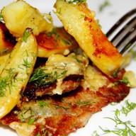 Картофель запеченный с мясом Фото