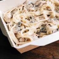 Паста курица грибы Фото