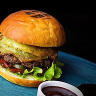 Бургер с драником (острый) Фото