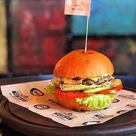 Бургер со свининой Фото