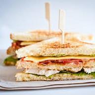 Клаб сендвич из индейки Фото