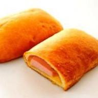 Слойка с сыром и колбасой Фото