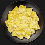 Равиоли с картофелем панчетта-патато Фото