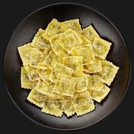 Равиоли с сыром и шпинатом Фото