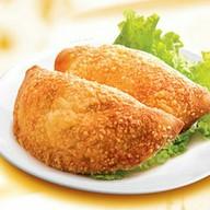 Кальцоне с куриным филе, сырный Фото