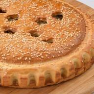 Пирог с мясом и сыром Фото