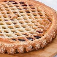 Пирог с черной смородиной Фото