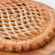 Пирог с черносливом и грецким орехом Фото